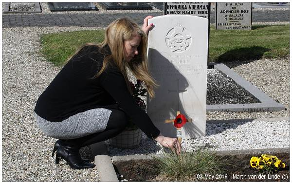 Brenda Gibbs (niece) puts poppy on Uncle Jack's grave - 03 May 2016 - with 4th version op Poppy cross