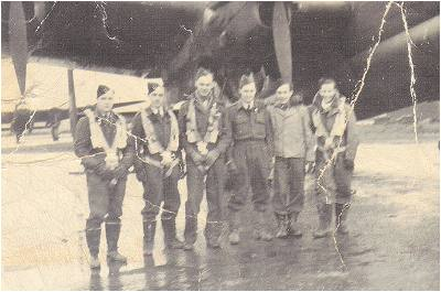 Bill Cottam and others of Crew Cairns - Lancaster - ND380 - GT-T 'TOMMY' - 1943