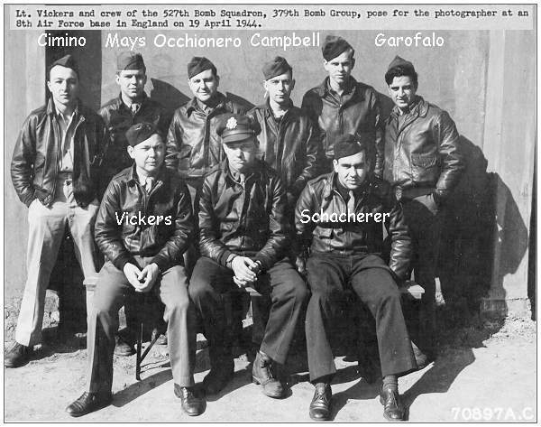Crew Vickers - 325th BS 379th BG - 19 Apr 1944 - England APO #634 - photo 70897AC