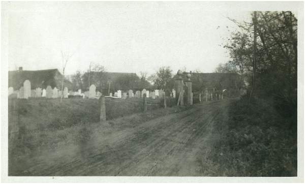 Entrance - General Cemetery Stad-Vollenhove - 1945