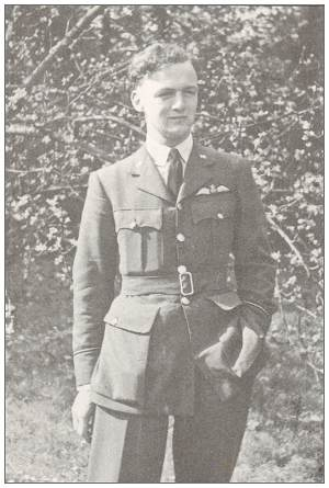 120435 - Flying Officer - Pilot - Walter Edwin Davey - RAFVR