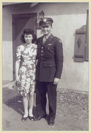 2nd Lt. Darvin A. Smith with his wife Marcella Smith née Moss, Dalhart, TX