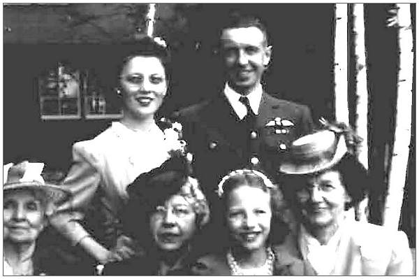 F/Sgt. Merrill George Bailey - RCAF - with his wife Muriel and family