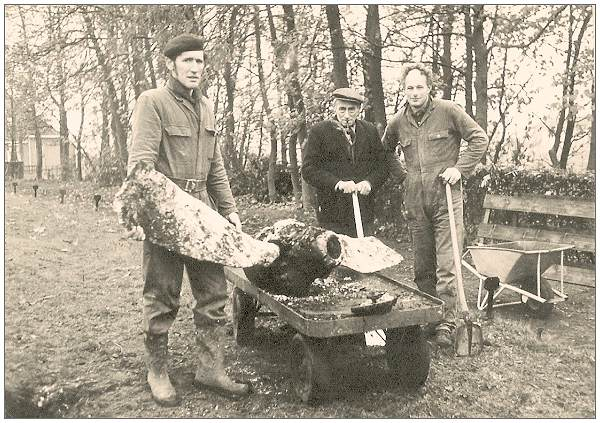 B-24 Propeller found 13 Nov 1975 at cemetery of Mirns/Murns