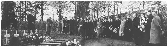 Willemsoord Cemetery - Remembrance day 1947
