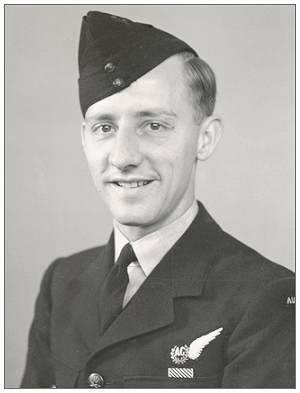 411453 - P/O. Robert 'Bob' George Thomas Kellow - RAAF