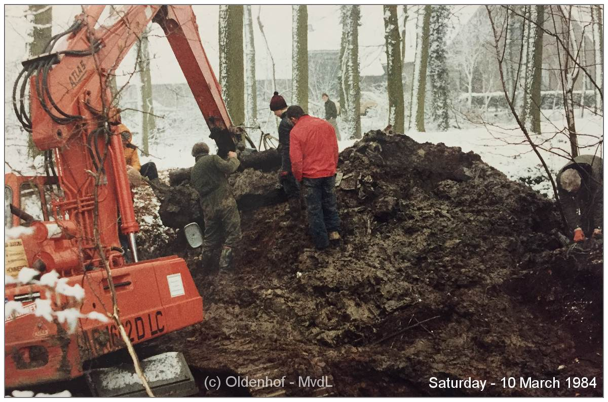 Salvage - De Oldenhof - 10 Mar 1984 - via Martin van der Linde