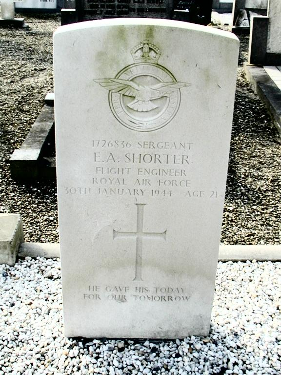 Headstone - Edward 'Ted' Arthur Shorter - Vollenhove