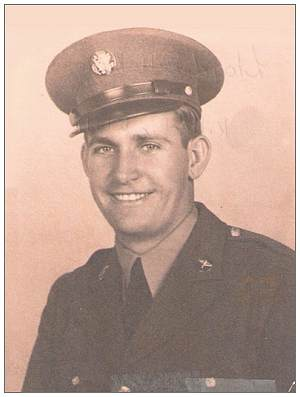T/Sgt. Lloyd Bill Keene - Army portrait