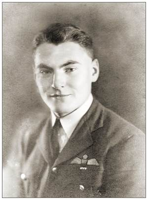 William 'Bill' Frank Tudhope - DFC - portrait - via Hans Hollestelle