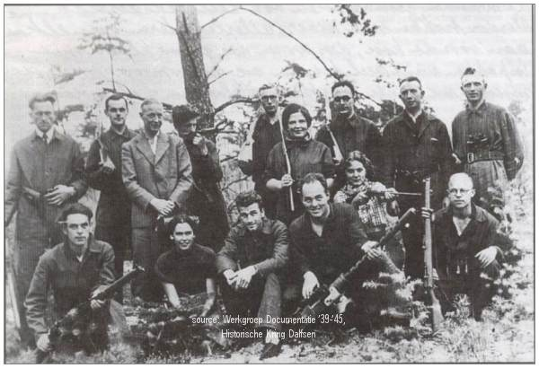 Nov 1944 - 2nd  Lt. Vogel and 2nd Lt. Sellers with underground Dalfsen, Lemelerveld and Ommen