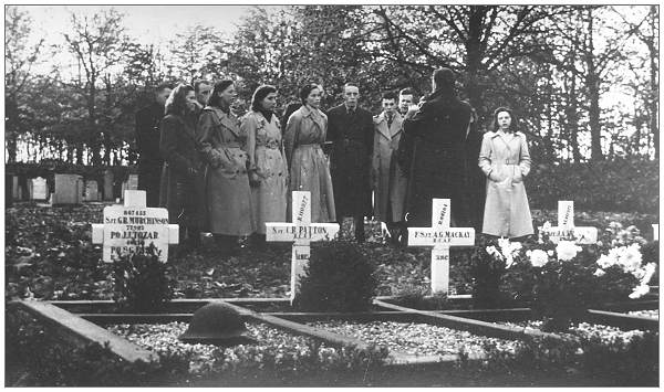 Willemsoord Cemetery - Remembrance day 1948