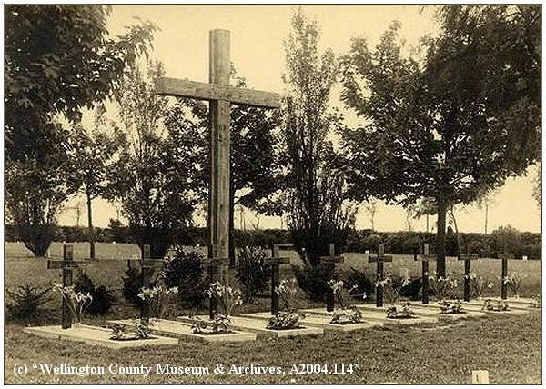 Workum - 9 Commonwealth War Graves - 1946