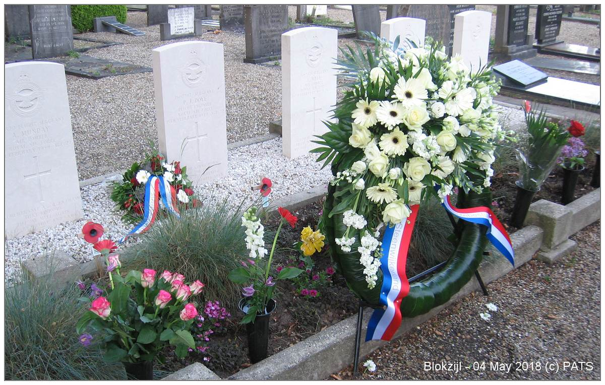 Blokzijl - wreath - 04 May 2018, Blokzijl - with 4th version of Poppy cross