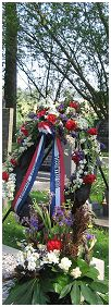 Wreath - Commonwealth War Graves - Kuinre